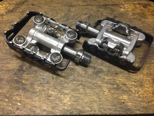 Shimano SPD/Standard pedals
