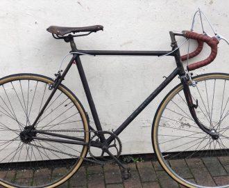 EF Russ (Battersea) 1940s classic